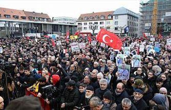 Almanya'nın Hanau kentinde ırkçılık ve teröre karşı yürüyüş düzenlendi