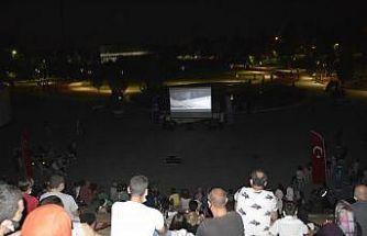 Bursa'da açık hava sinema günleri başladı