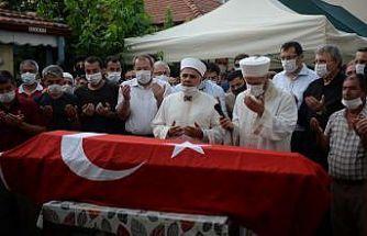 Havai fişek fabrikasındaki patlamada hayatını kaybeden Yılmaz'ın cenazesi defnedildi