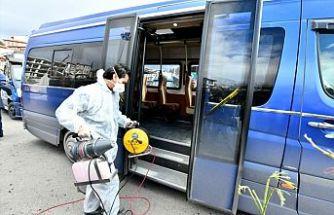 Kartal'da minibüsler dezenfekte edildi