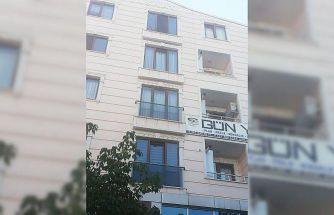 Kocaeli'de balkondan düşerek hayatını kaybeden çocuğun cenazesi defnedildi