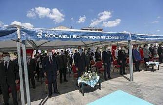 Bakan Kasapoğlu, Kocaeli'de gençlik ve spor merkezi açılışına katıldı