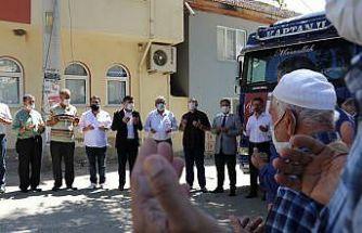 Bursalı çiftçiler Suriye'ye 4 yardım tırı gönderdi