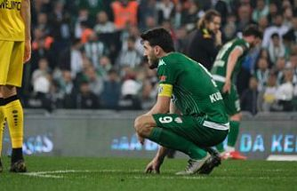 Kubilay Kanatsızkuş Bursaspor'a veda etti