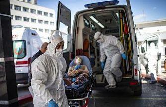 Bilim Kurulu Üyesi Prof. Dr. Özlü'den Kovid-19 uyarısı: Daha kötü günlere gidebiliriz