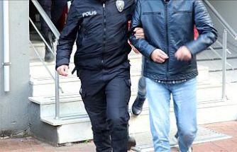 İzmir'deki FETÖ operasyonunda 116 tutuklama, 60 asker de itirafçı oldu