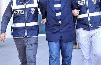 İzmir merkezli FETÖ operasyonunda 66 zanlı yakalandı