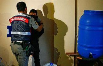 Jandarmadan yurt genelinde sahte-kaçak içki operasyonu