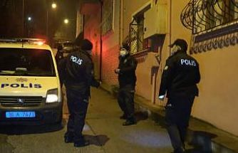 Bursa'da hırsızlık şüphelileri saklandıkları evde yakalandı