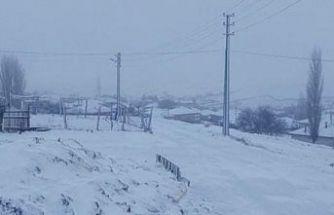 Sakarya'da kar yağışı nedeniyle yaylada mahsur kalan 9 kişiye ulaşıldı