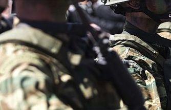 Yunanistan'da zorunlu askerlik 9 aydan 1 yıla çıkarılıyor