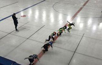 Buz Pateni Short Track Federasyon Kupası-4 müsabakaları Kocaeli'de başladı