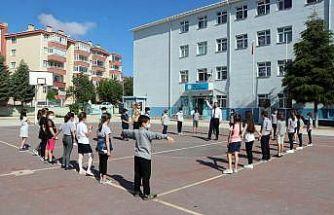 Edirne'de okullarda öğrencilerin ihtiyaçlarına uygun etkinlikler düzenlendi