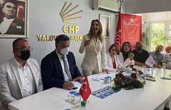 """CHP Kadın Kolları Genel Başkanı Nazlıaka, Yalova'da """"YaşamHak Projesi"""" tanıtım toplantısına katıldı"""