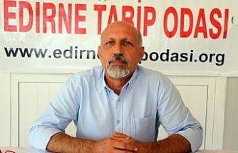 """Edirne Tabip Odası Başkanı Prof. Dr. Altun'dan ailelere """"12 yaş üzerindeki çocuklarına aşı yaptırmaları"""" tavsiyesi:"""