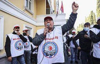 Bakırköy Belediyesinde çalışan sendika üyelerinden toplu sözleşme protestosu