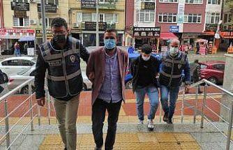 Kocaeli'de sahte altın satarak kuyumcuları dolandırdığı iddiasıyla 2 kişi tutuklandı