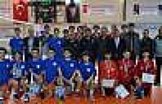 Türkiye Yıldız Erkekler Voleybol Turnuvası Yarı Final Maçları Simav'da Yapıldı