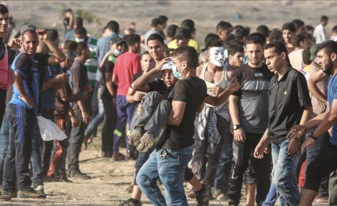 İsrail askerleri Gazze sınırında 1 Filistinli çocuğu şehit etti