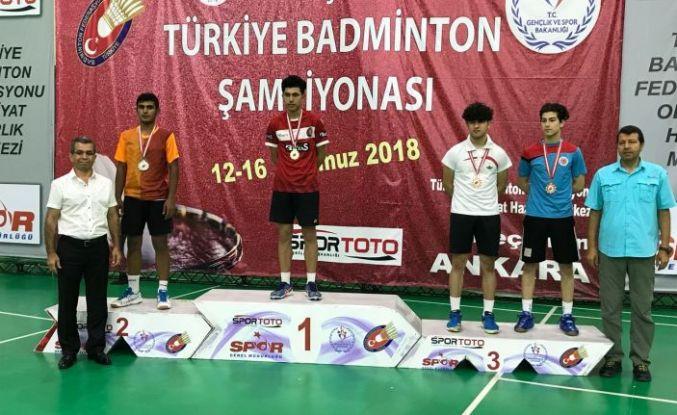 Osmangazili Badmintonculardan Ankara Çıkarması
