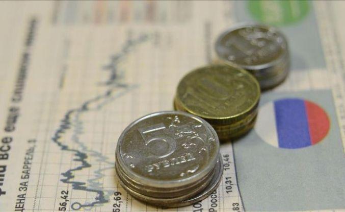 Rus ekonomisinde büyüme hızlandı