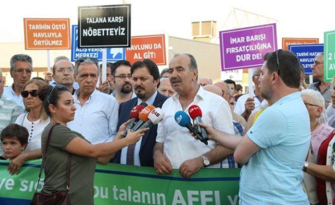 ÖZDİLEK'TEN TARİHE İHANET