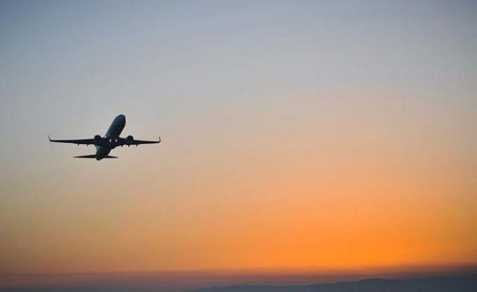 Uçakta 'bomba' şakası yapan yolcu gözaltına alındı
