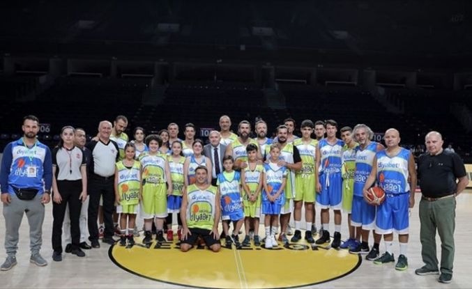 Diyabetli gençler ve çocuklar basketbolla engelleri aşıyor