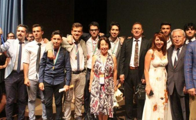 Türk takımı, klavye şampiyonasından 10 madalyayla döndü