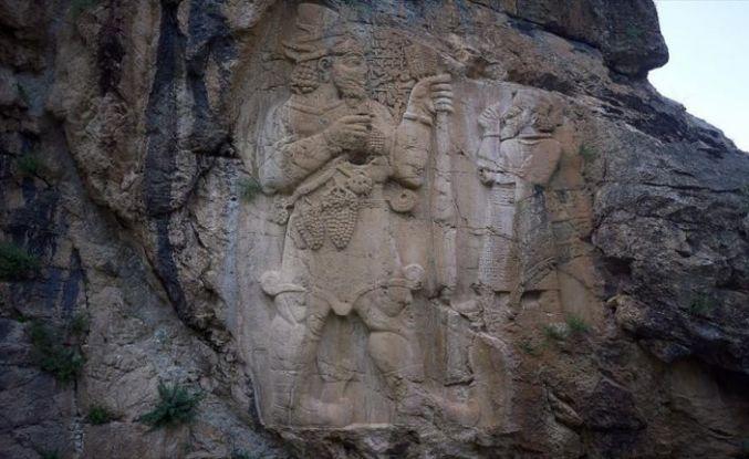 İvriz Kaya Anıtı ziyaretçileri cezbediyor