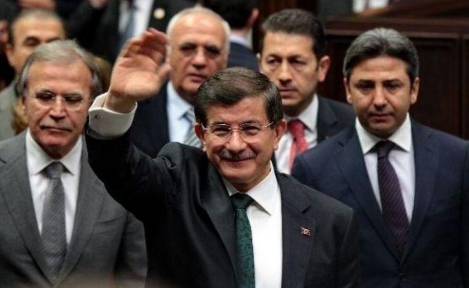 """""""Davutoğlu'na yakın kaynaklar: AKP teşkilatında istifalar olacak'"""
