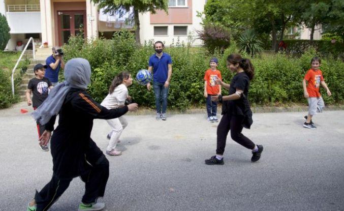 """Sakarya'da çocuklar """"Mahallemde Oyun Var"""" projesiyle mahalle kültürünü kazanacak"""