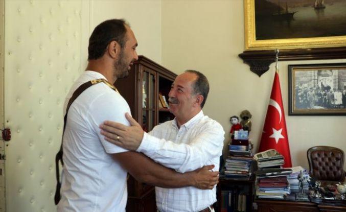 Başpehlivan Ali Gürbüz'ün hedefi altın kemerin ebedi sahibi olmak