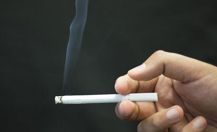 Bu ülkede kamu kuruluşlarında sigara içmek artık yasak