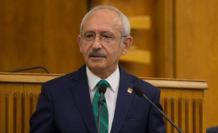 Kılıçdaroğlu, Marmara Depremi'nde hayatını kaybedenleri andı