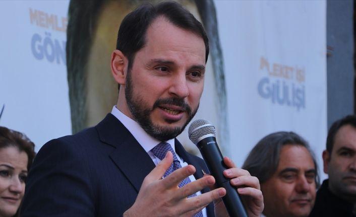 Bakan Berat Albayrak: Belediye başkanı vatandaşıyla omuz omuza olmalı terör örgütleriyle değil