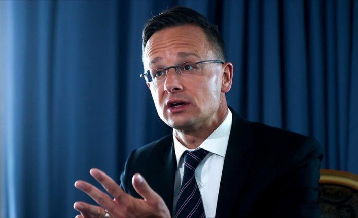 Macaristan Dışişleri Bakanı Szijjarto: AB'nin üyelik için Türkiye ile oynadığı oyunlar saygısızlık
