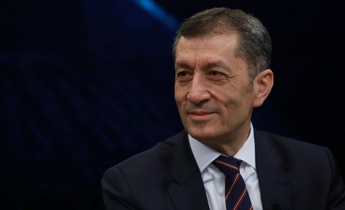 Milli Eğitim Bakanı Selçuk: Yeni ortaöğretim modelinde yapıcı eleştirileri dikkate alacağız