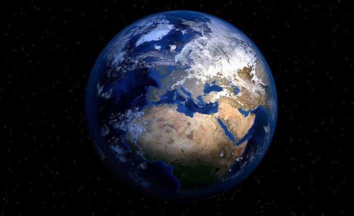 'Dünya'nın görüntülerini 5 santimetrelik uyduyla almayı hedefliyoruz'
