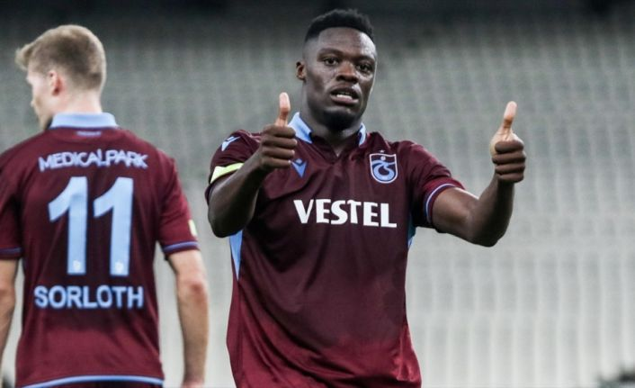 Ekuban 'hat-trick' yaptı, Trabzonspor 50. galibiyetini aldı