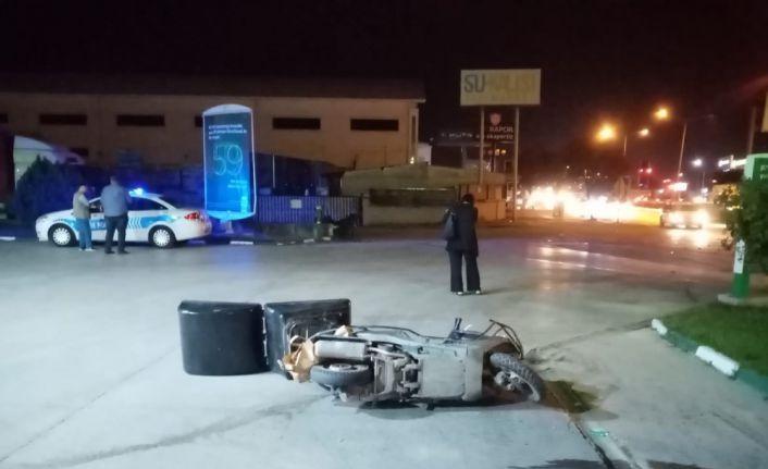 Bursa'da devrilen motosikletin sürücüsü ağır yaralandı